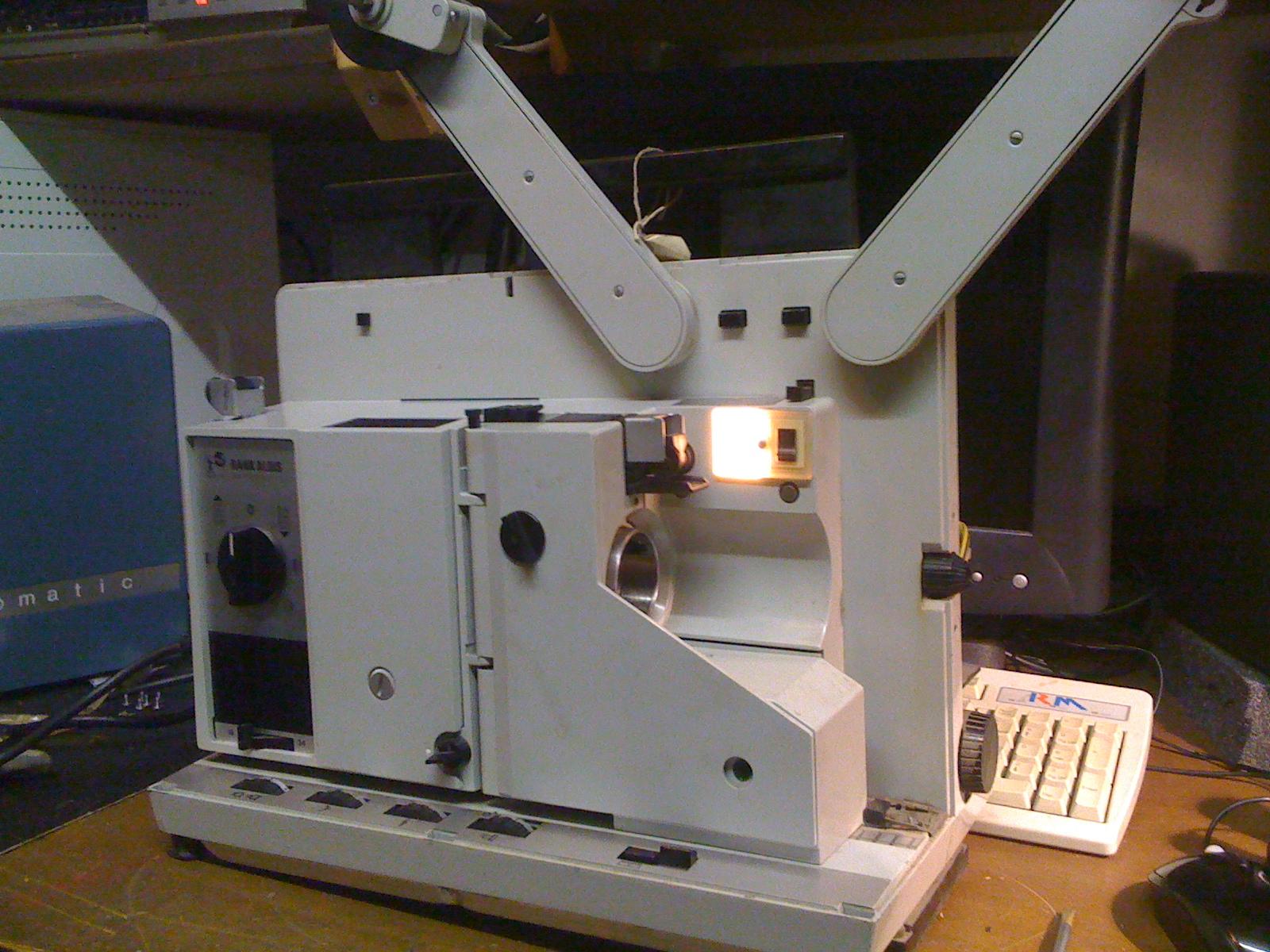 BRITISH 16mm Projector